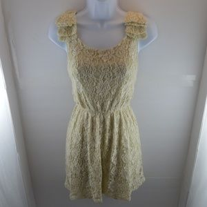BirdCage Ivory Lace Dress with Bow Shoulders
